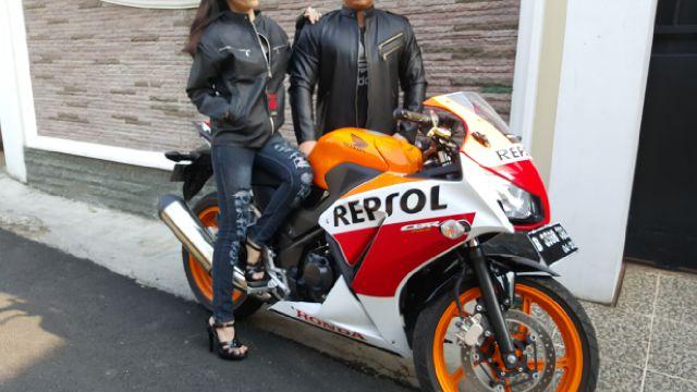 JC-75 grosir jaket couple murah